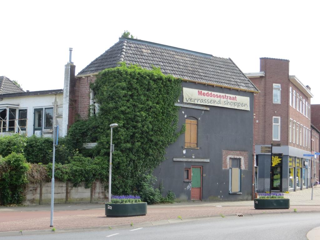 Woningen aan de Meddosestraat en aan de Singelweg. Foto: Bernhard Harfsterkamp  © Achterhoek Nieuws b.v.