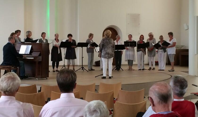 Berkelland Korendag 2014. Een verassend optreden van Primavera uit Borculo in de Grote Kerk in Neede. Foto: PR