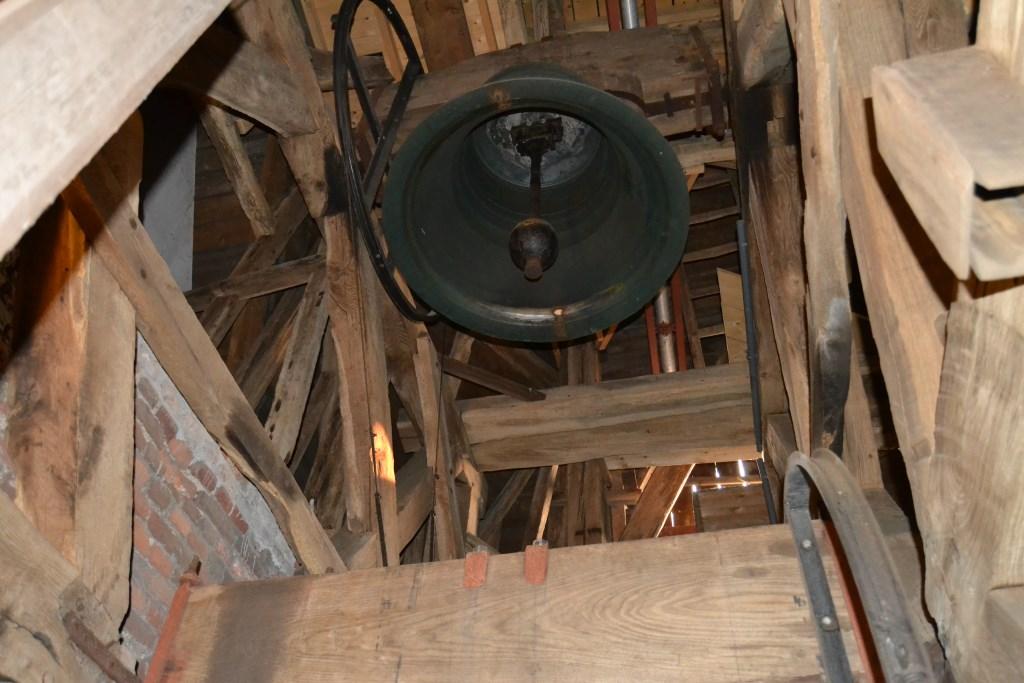 De enorme grote klok in de toren van de Oude Helenakerk. Foto: Karin Stronks  © Achterhoek Nieuws b.v.