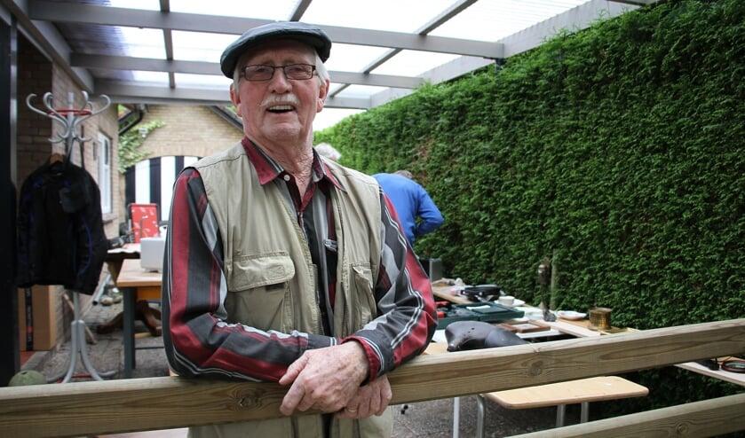 Achterhoeker Frans verkoopt overbodige huisraad en gaat terug naar Canada. Foto: Liesbeth Spaansen