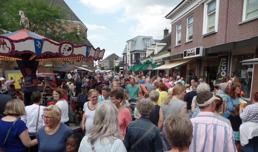 De publieke toeloop was vooral in de middaguren gigantisch. Foto: Jan Hendriksen.