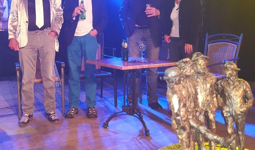 Bennie Jolink, Ferdi Joly, Willem Terhorst en kunstenares Lia Krol. Foto: Henri Walterbos