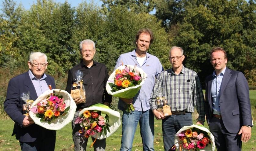 Vlnr: Henk Hanselman, Ben Rendering, Godfried Nijs, Nic Adema en Jumbo-ondernemer Pascal Bennink. Foto: Annekée Cuppers