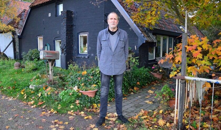 """Schrijver A.L. Snijders: """"Ik ben een landman met een grote binding aan Amsterdam."""" Foto: Alize Hillebrink"""