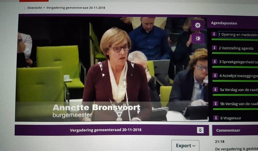 De gemeenteraadsvergadering zijn live te volgen via www.oostgelre.nl. Foto: Kyra Broshuis