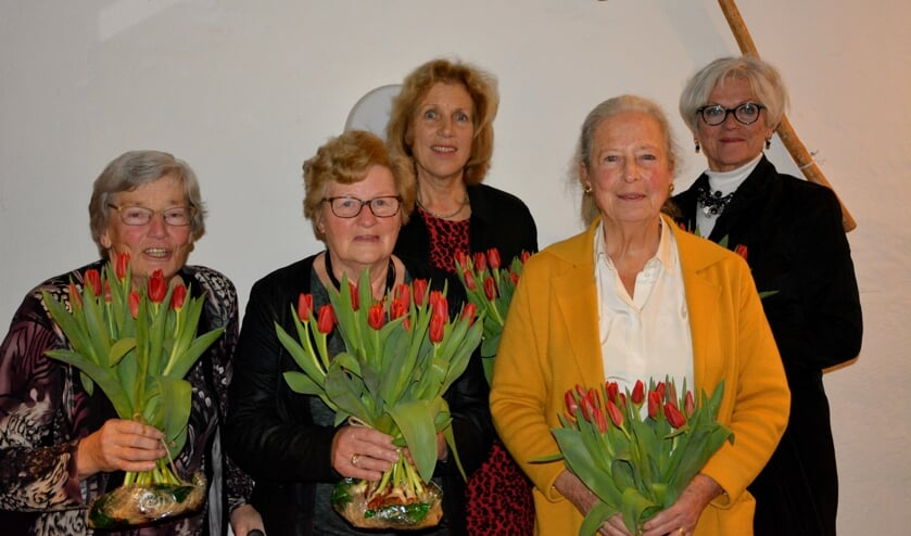 Jantje Remmelink, Jantje Remmelink, Henny van de Reijden, Marieke Grijpma en Joyce Gebbink. Foto: Diny Oosterlaken