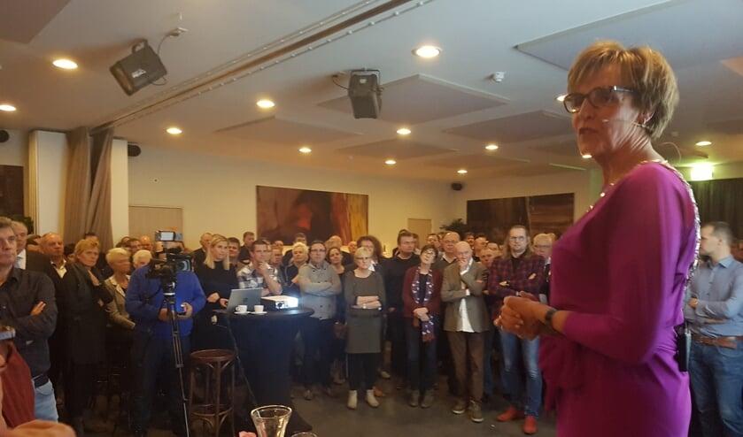 De nieuwjaarsreceptie van de gemeente Oost Gelre werd druk bezocht. Foto: Kyra Broshuis