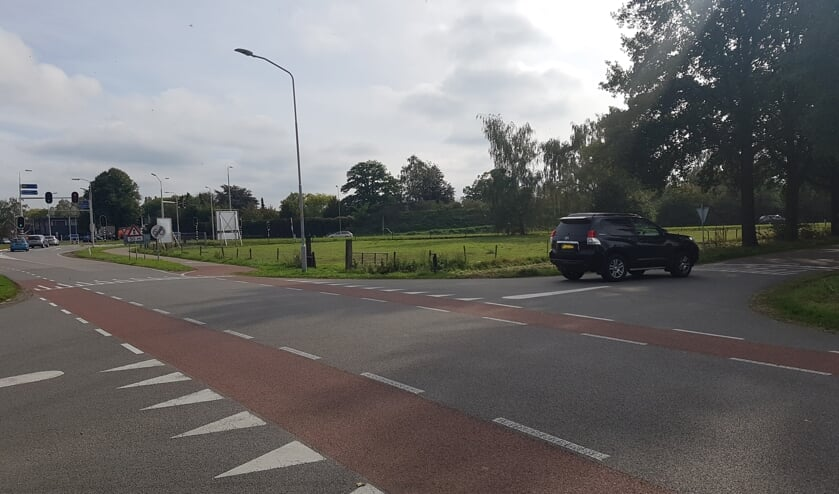 Al vanaf de afslag Zieuwent kiezen automobilisten voor de parallelweg als alternatieve route. Foto: Kyra Broshuis