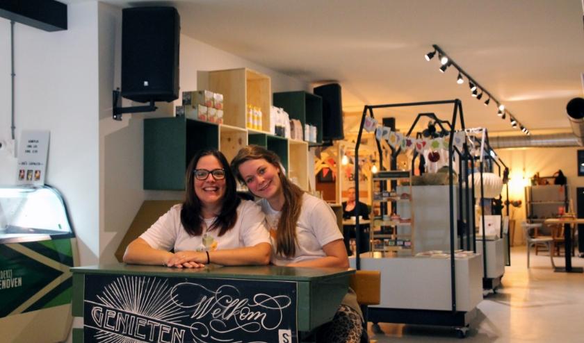Cindy en Marloes van Het Blok. Foto: archief Achterhoek Nieuws/Annekée Cuppers