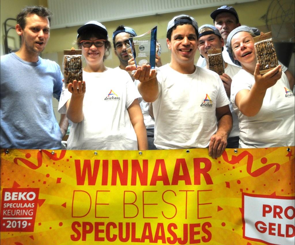 Het team van Driekant is trots op hun speculaas. Foto: PR  © Achterhoek Nieuws b.v.