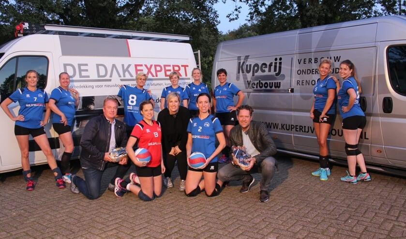 Emiel Kuperijen Valentijn van Rooden met Volleybalvereniging Sparta Zelhem Dames 3. Foto: Lonneke Hayen