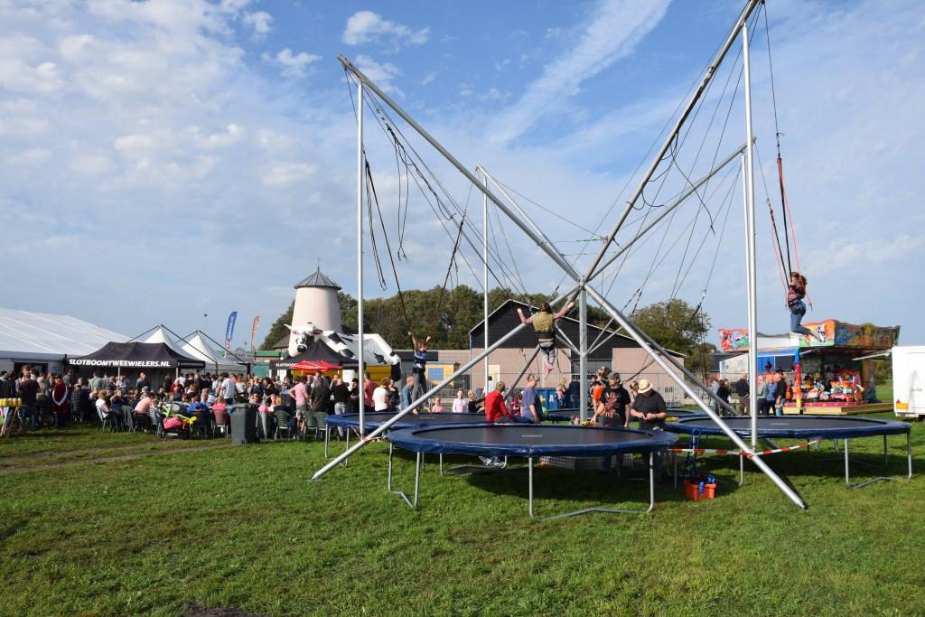 Overzichtsfoto van het feestterrein Varssel op zondagmiddag. Foto:Bertus Jolink  © Achterhoek Nieuws b.v.