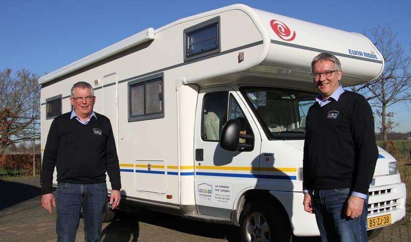 Wim Dijkstra en Henk Derksen, campermakelaars bij MotorhomeDepot.nl