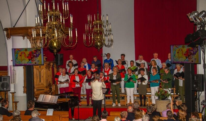 Enjoy vierde met 'Schilderen op muziek' het dertigjarig jubileum. Foto: Liesbeth Spaansen