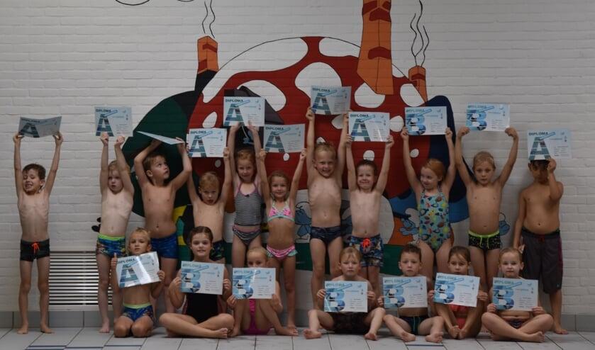 Allemaal geslaagd! Foto: PR Zwemschool Lichtenvoorde