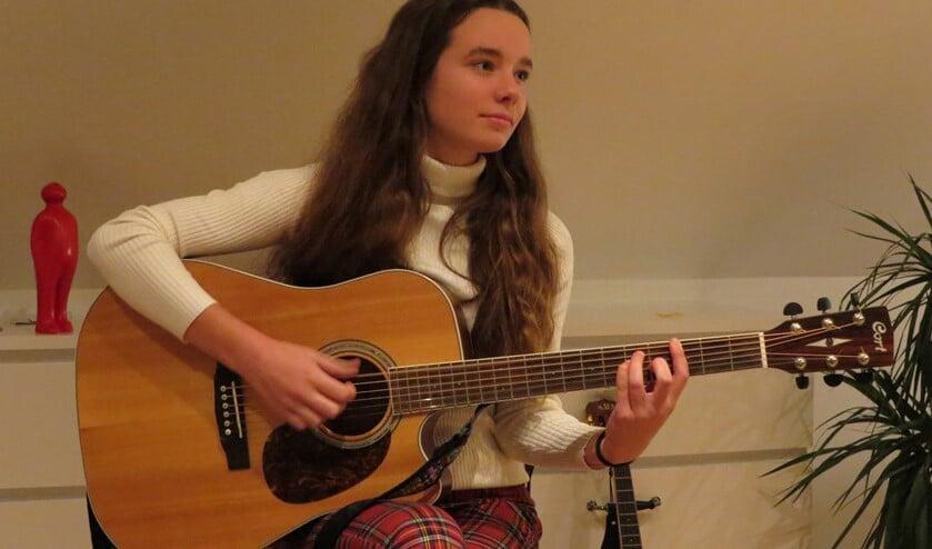 Singer-songwriter Janna Baerends wil altijd muziek blijven maken. Foto: Josée Gruwel