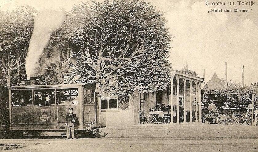 De stoomtram in Toldijk, anno 1911.  Foto: PR
