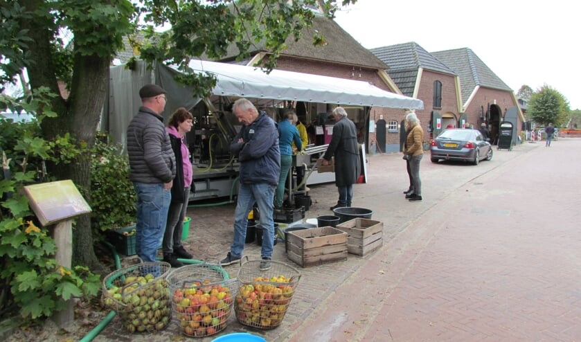 In de rij voor de SapPers. Foto: PR