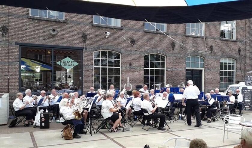 Het Seniorenorkest tijdens de Achterhoek Spektakel Toer. Foto: PR
