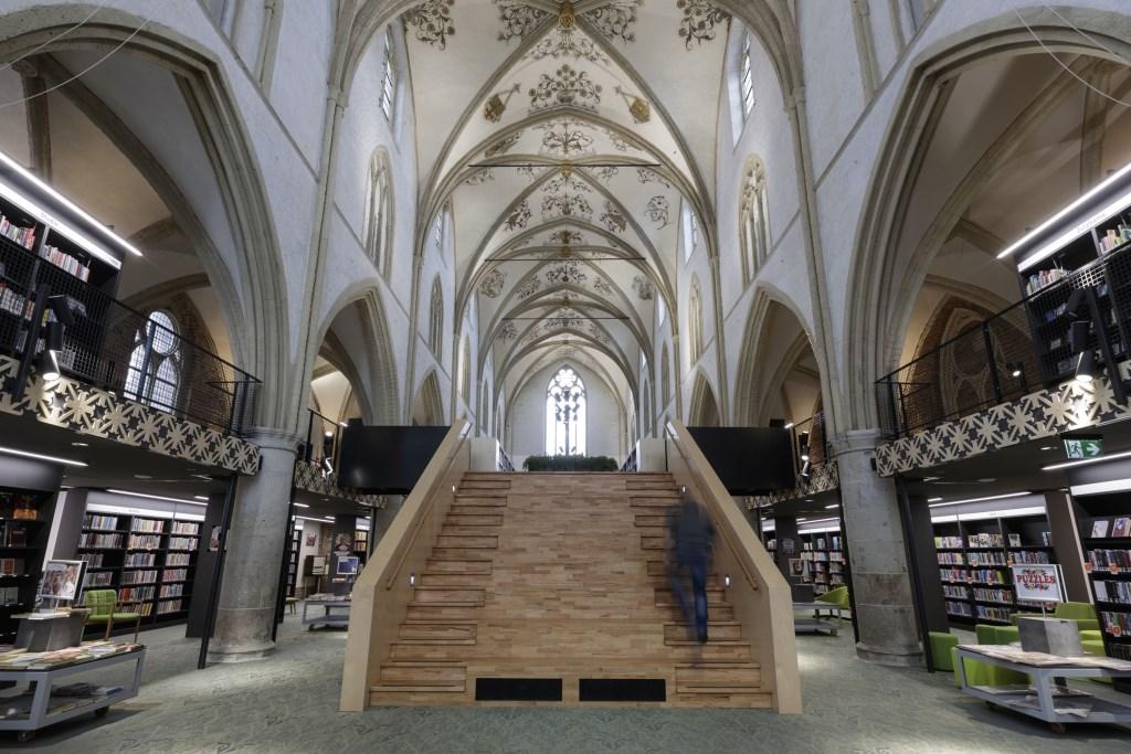 Binnenzijde Bibliotheek Zutphen. Foto: Patrick van Gemert  © Achterhoek Nieuws b.v.