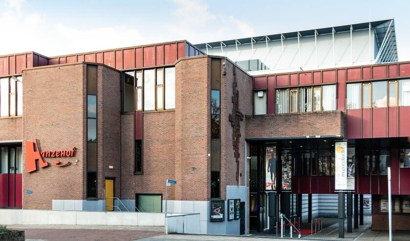Hanzehof, theater en congrescentrum. Foto: Henk Derksen