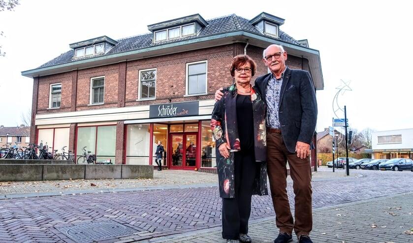 Jan Rondeel en Annelies Schröder hebben al bijna twintig jaar een relatie, maar ze woonden nog altijd apart van elkaar. Foto: Luuk Stam