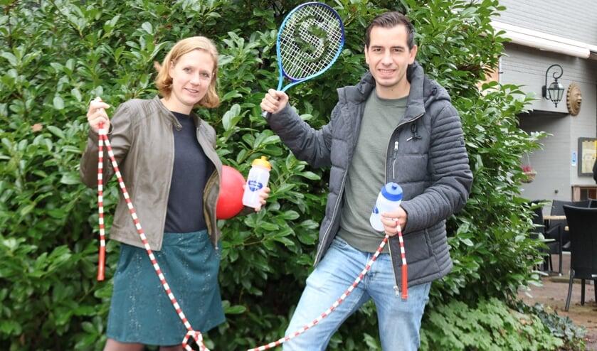 Ilse Wonink - Roosdom en Tom Kleisen staan er klaar voor. Foto: Arjen Dieperink