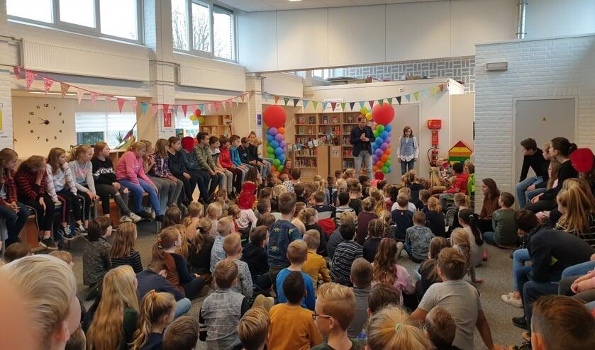 De schoolbinliotheek op IKC UnieK wordt feestelijk geopend. Foto: PR