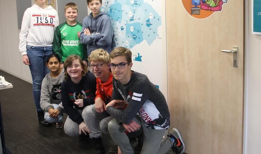 De leerlingen van Triviant op excursie bij Achterhoek Nieuws. Foto: Lydia ter Welle