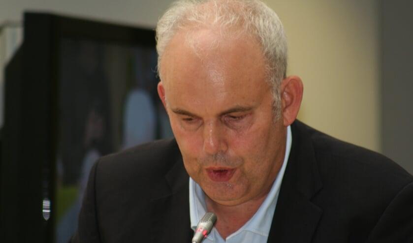 Ronald Willering van OOG wil precies weten wat het college ondernomen heeft om de problemen omtrent Vitelco op te lossen.