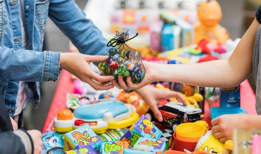 Speelgoed ruilen is duurzaam, gezellig en scheelt in de portemonnee. Foto: PR