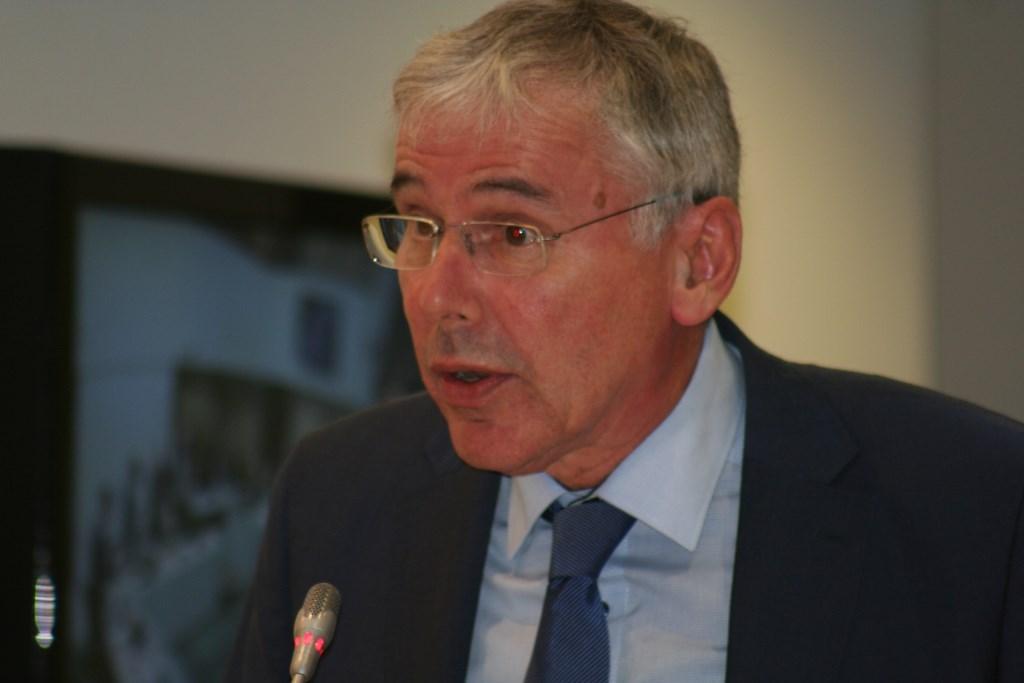 """""""Een verantwoorde begroting"""",  zegt wethouder Karel Bonsen.  © Achterhoek Nieuws b.v."""