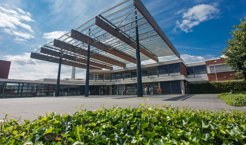 De entree van het Streekziekenhuis Koningin Beatrix. Foto: PR