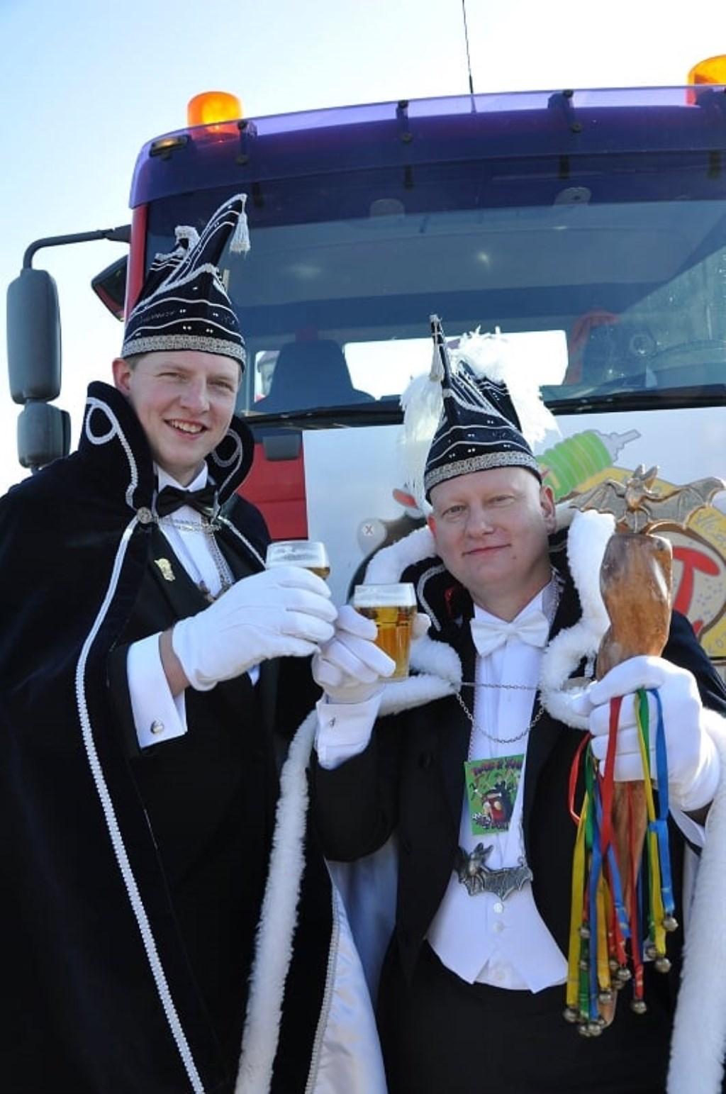Prins Jos (Knoop) en Adjudant Twan (Stroet). Foto: Sandra Baas  © Achterhoek Nieuws b.v.