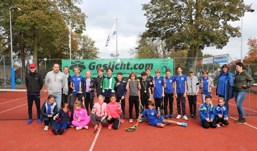 Alle deelnemers en organisatoren van de kampioenschappen. Foto: Gerjan Menge