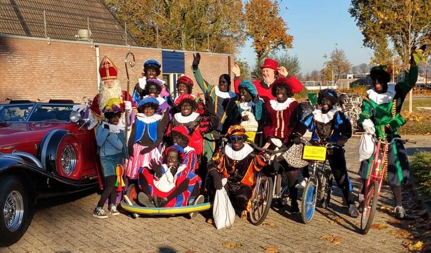 Sinterklaas en zijn Pieten komen naar de sporthal in Steenderen. Foto: Tinja Postma