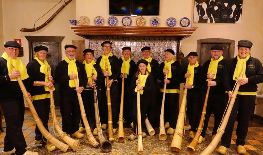 De leden van de midwinterhoorngroep Lievelde. Foto: Edgar Vieberink