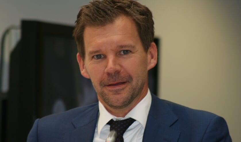 """""""We moeten stevige ingrepen doen"""", legt Niek Bragt van het CDA uit."""