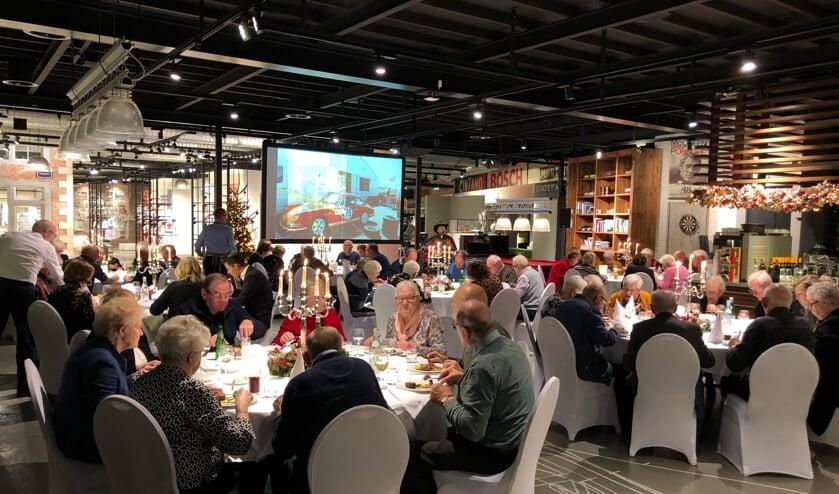 De oud-medewerkers genoten van een sfeervol diner bij State of Art.Foto: PR State of Art