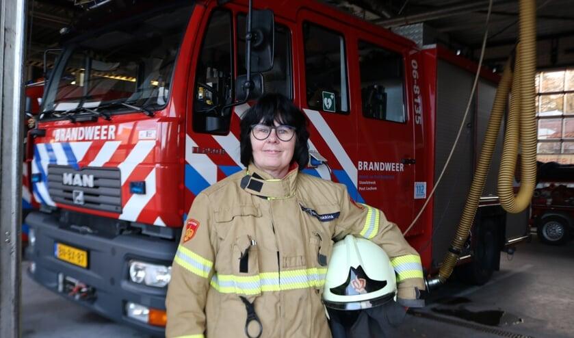 Ineke Smit is 'brandweerman' in hart en nieren. Foto: Arjen Dieperink