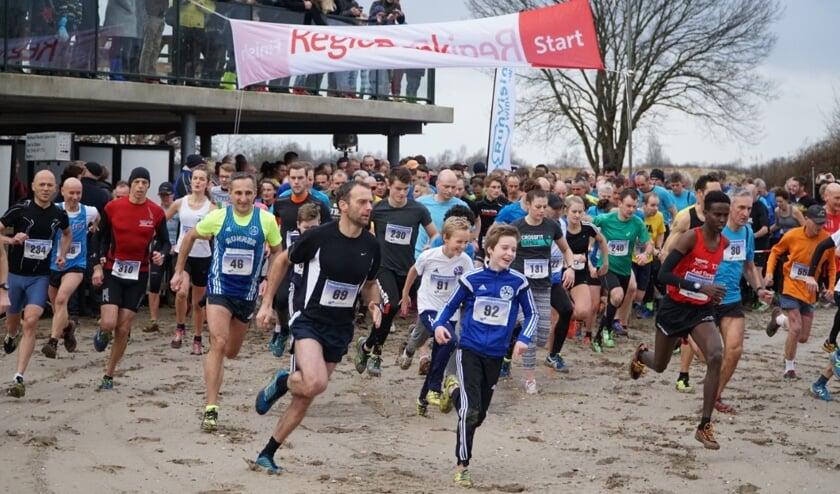 Deelnemers aan de start van de Scharenborgloop. Foto: PR Scharenborgloop