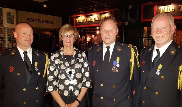 Vlnr Ivo Reinders, burgemeester Bronsvoort, Bas Wicherink en Manfred Hillen. Foto: Kyra Broshuis © Achterhoek Nieuws b.v.