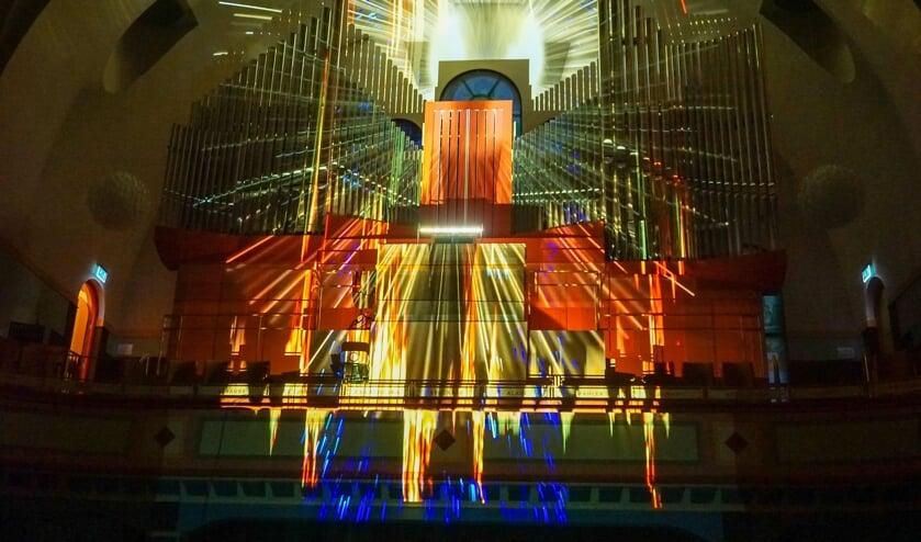 Het orgel is niet alleen het auditieve, maar ook het visuele brandpunt. Foto: PR