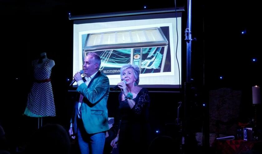 Het Brook Duo tijdens een optreden. Foto: PR