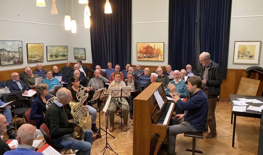 Een repetitie samen met het hoornkwartet. Foto: Peter Nijenhuis