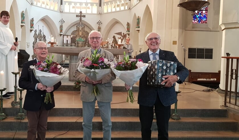 Aloys Heutinck, Fons Gebbink en Antoon Wekking, samen goed voor 170 jaar zingen in het herenkoor.