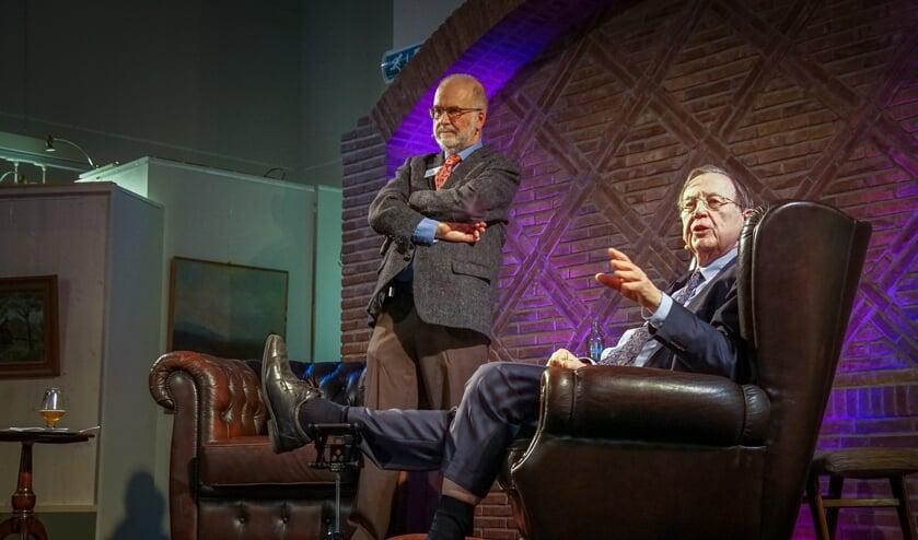Nout Wellink en Jan Wijbrans (staand). Foto: Marcel te Brake