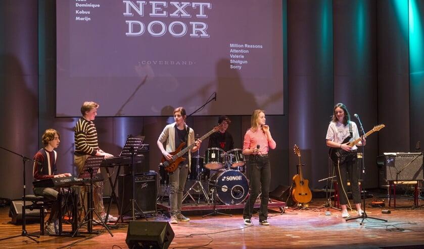 De band Next Door trad op tijdens het open huis van Boogie Woogie. Foto: Jurgen Pillen