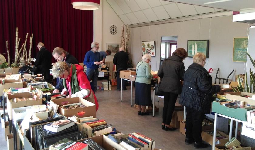 Honderden boeken te koop in Den Hof. Foto: PR