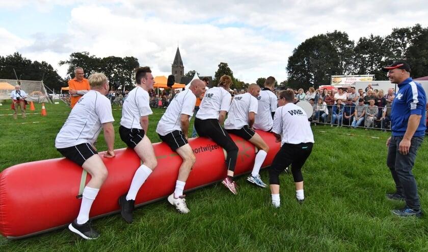 Honderden leden doen jaarlijks mee aan de Zeskamp tijdens de Septemberfeesten. Foto: PR